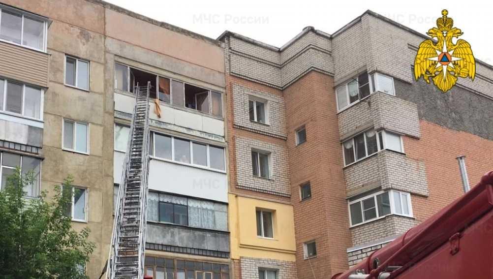 В брянской пятиэтажке из-за взрыва газа вылетели стёкла
