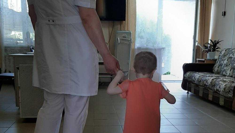 В Брянске после случая с истощенной девочкой завели дело на чиновницу