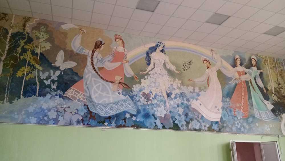 В Овстуге при ремонте Дома культуры сохранят уникальную роспись