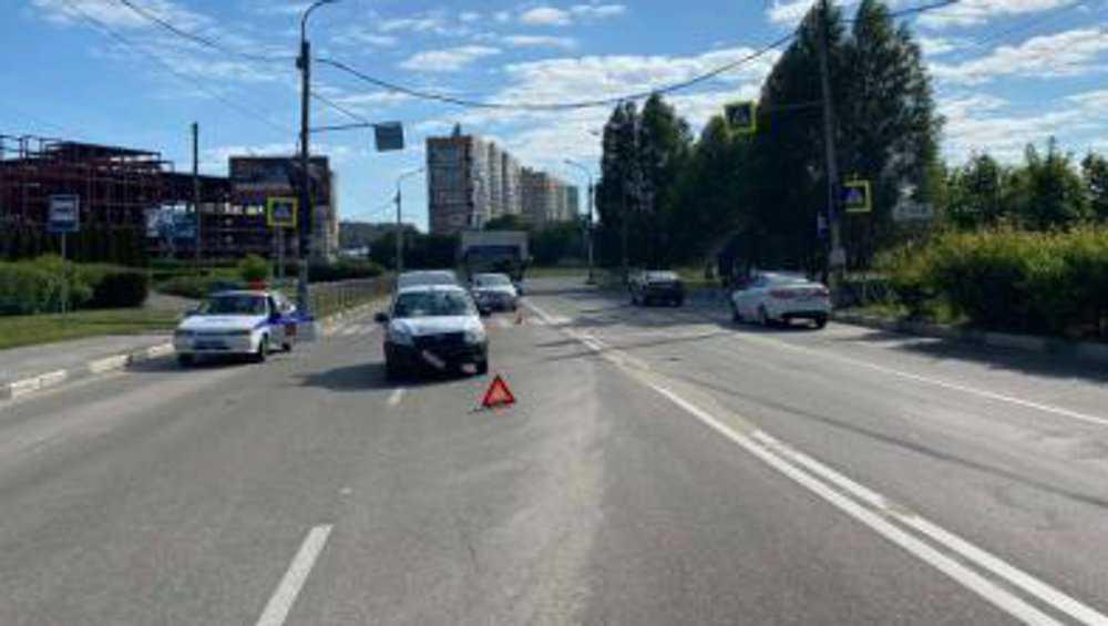 В Брянске обратились к очевидцам наезда медицинской машины на женщину