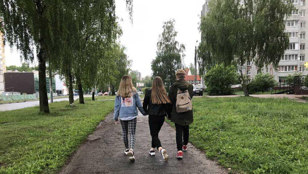 Брянцам пояснили, как гулять после смягчения режима самоизоляции