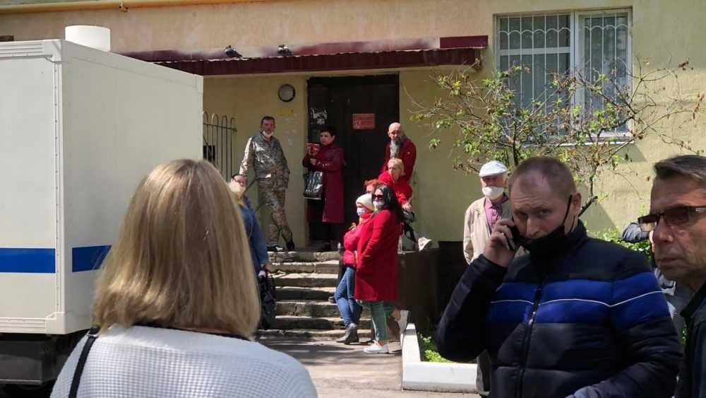 Суд в Брянске отправил скандального блогера Коломейцева в колонию