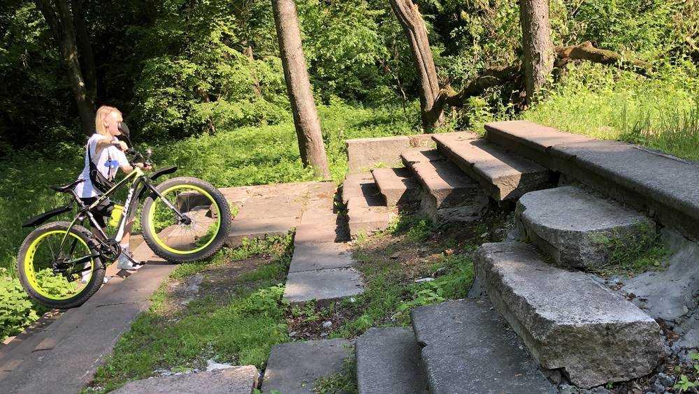 Развалины Хотылева привлекли внимание брянских подростков