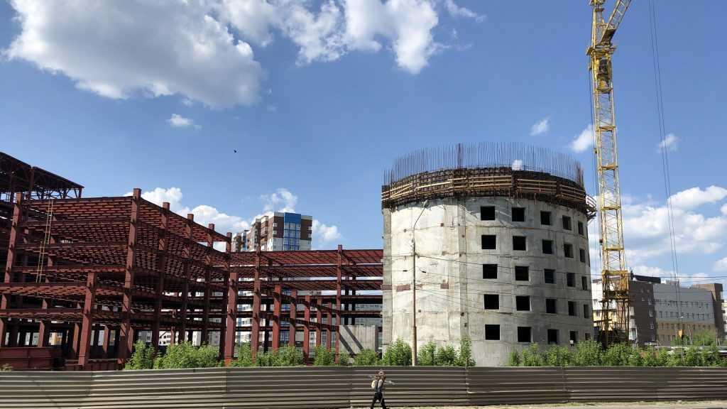 В Брянске возобновили строительство гигантского ТРЦ «МегаГринн»