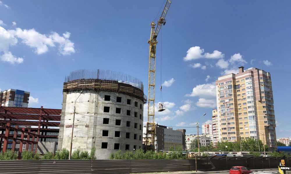 В Брянске начали достраивать гигантский ТРЦ