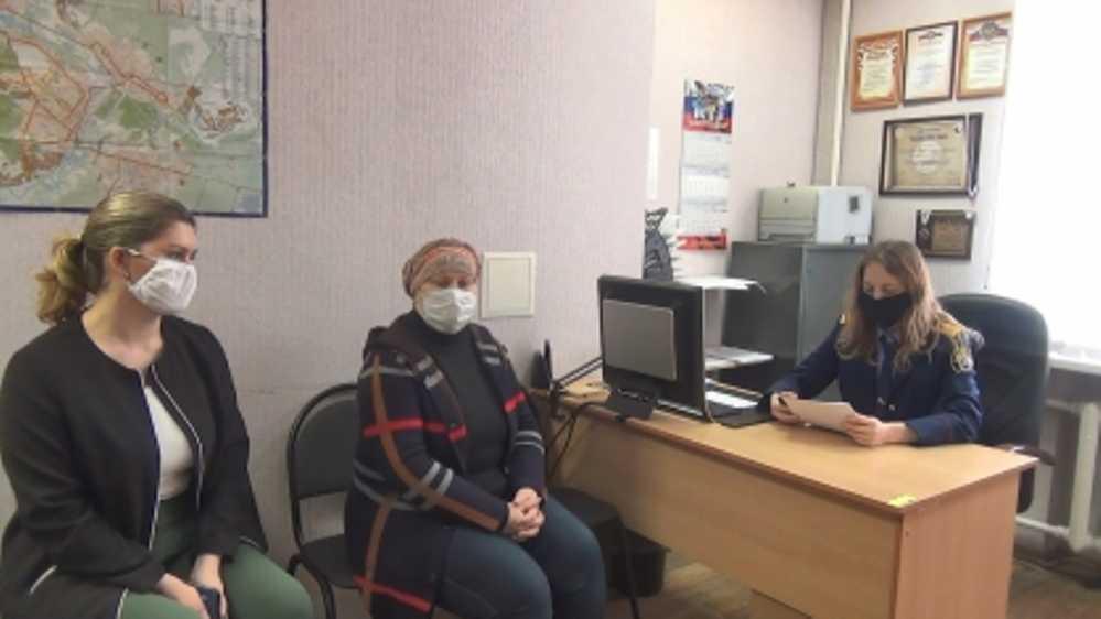 В Брянске попросили арестовать приёмную мать истощенной 7-летней девочки
