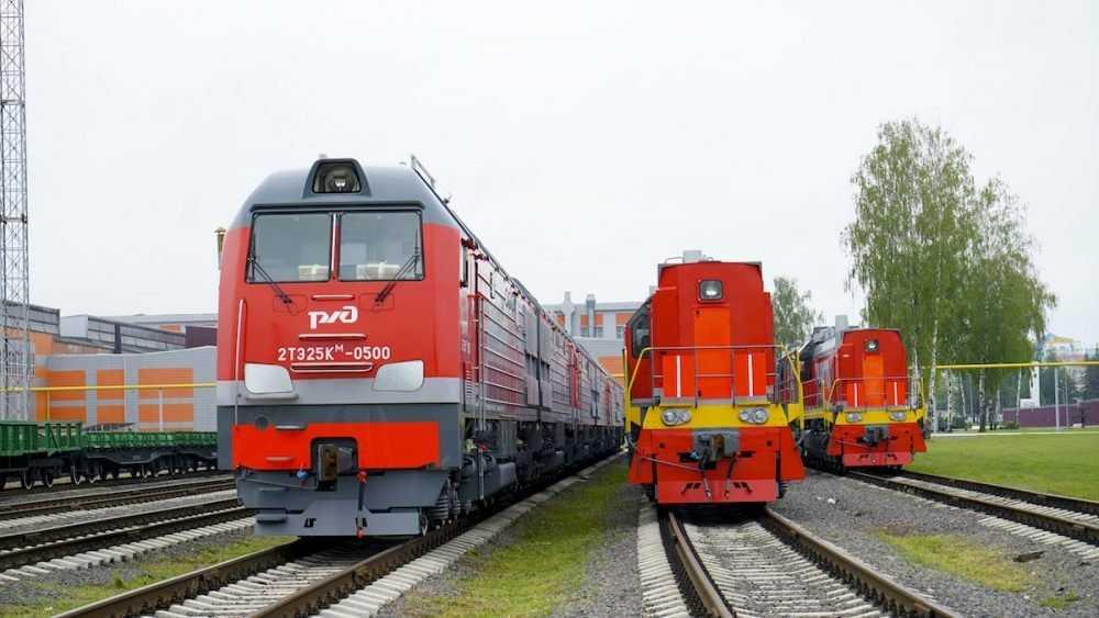 ТМХ завершил в этом году поставки магистральных грузовых тепловозов 2ТЭ25КМ в адрес РЖД