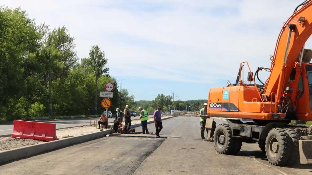 В Брянске забраковали новый асфальт возле Литейного моста