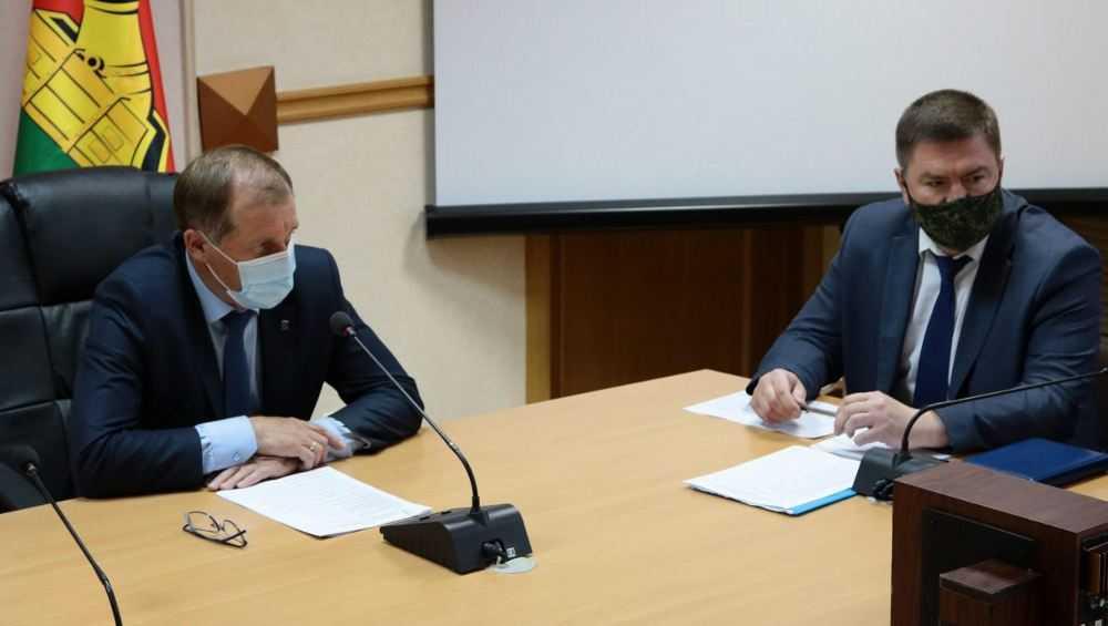 Мэр Брянска недобросовестным дорожникам пригрозил судом