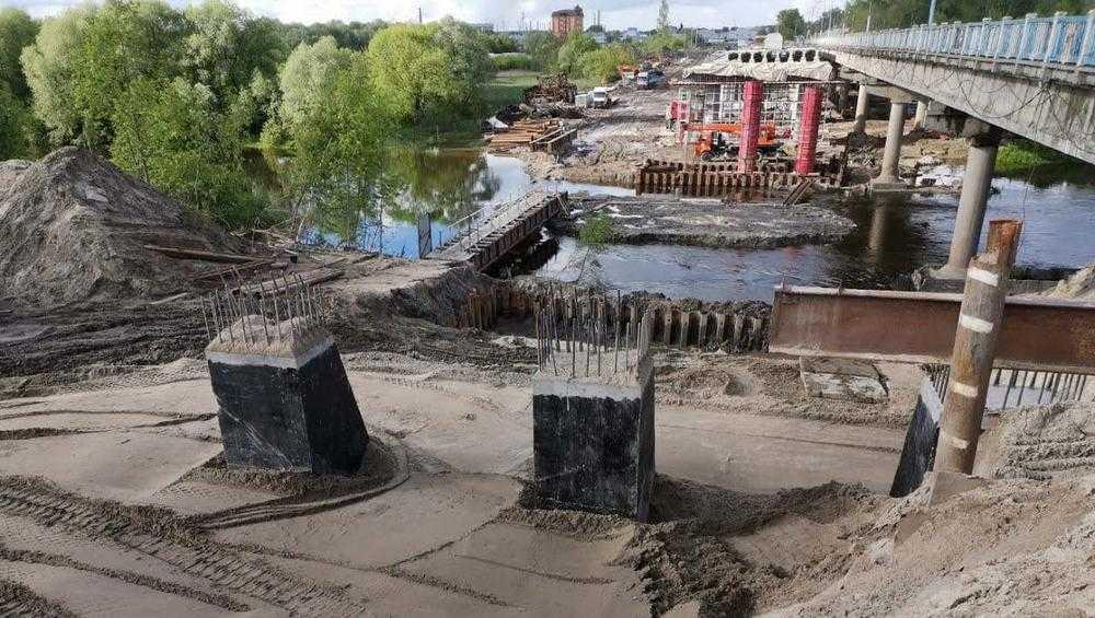 В Брянске на строящемся Литейном мосту выполнили 60 процентов работ