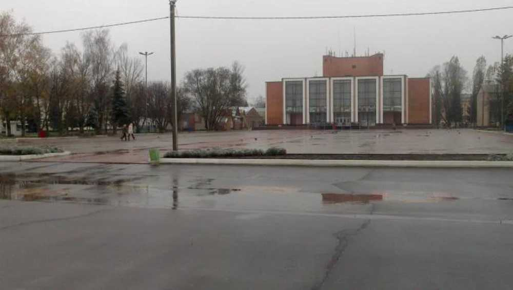 В Трубчевске на площади установили видеокамеры по требованию прокурора
