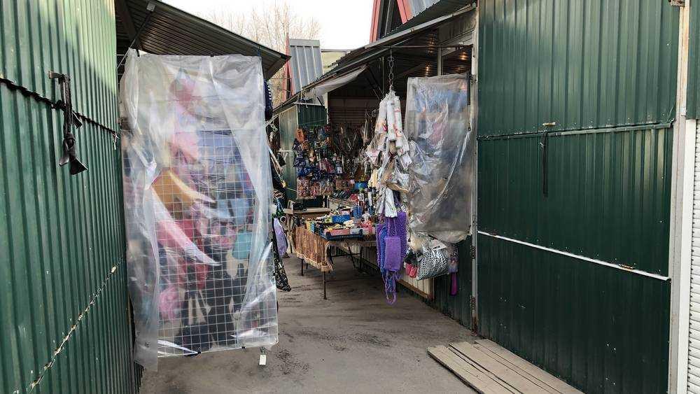 В Брянской области возобновят работу непродовольственные рынки