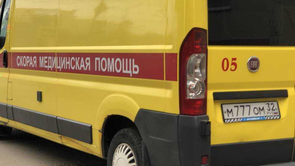 В Новозыбкове пенсионерка на велосипеде врезалась в трос и сломала бедро
