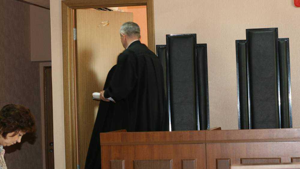 Самый богатый бизнесмен Брянска заочно арестован судом