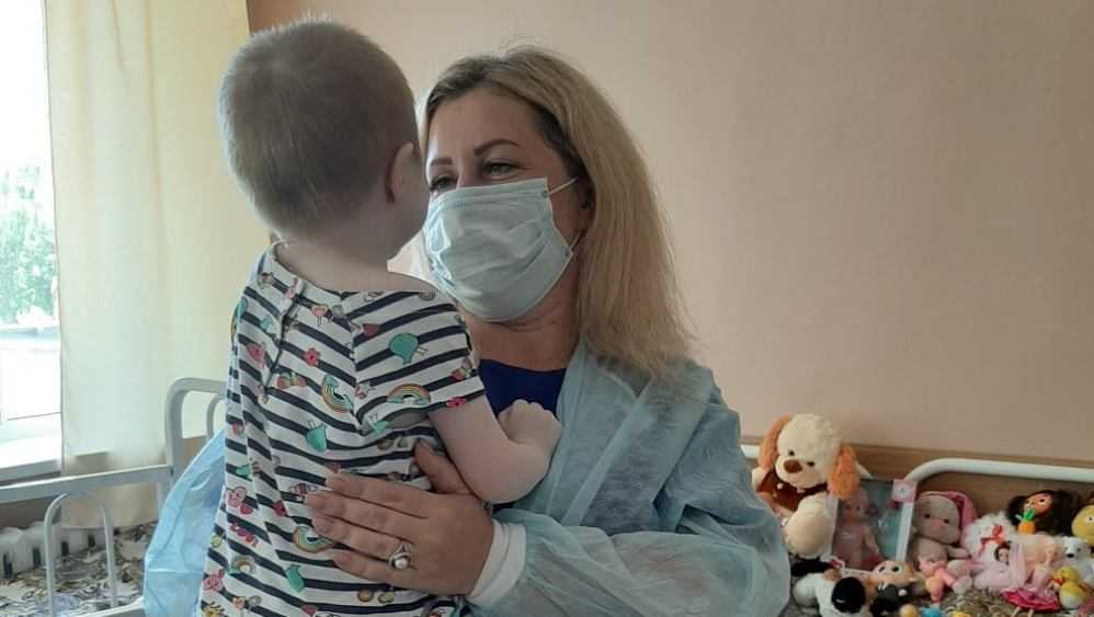 Истощенной девочке нашли приемную семью в Брянске