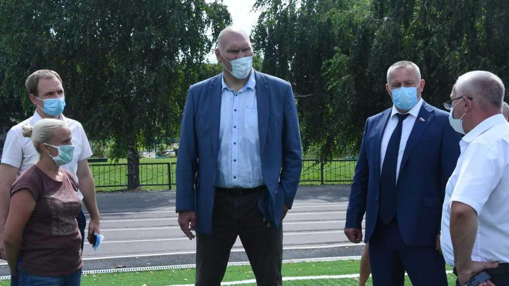 Брянский депутат Валуев рассказал о работе во время отпусков