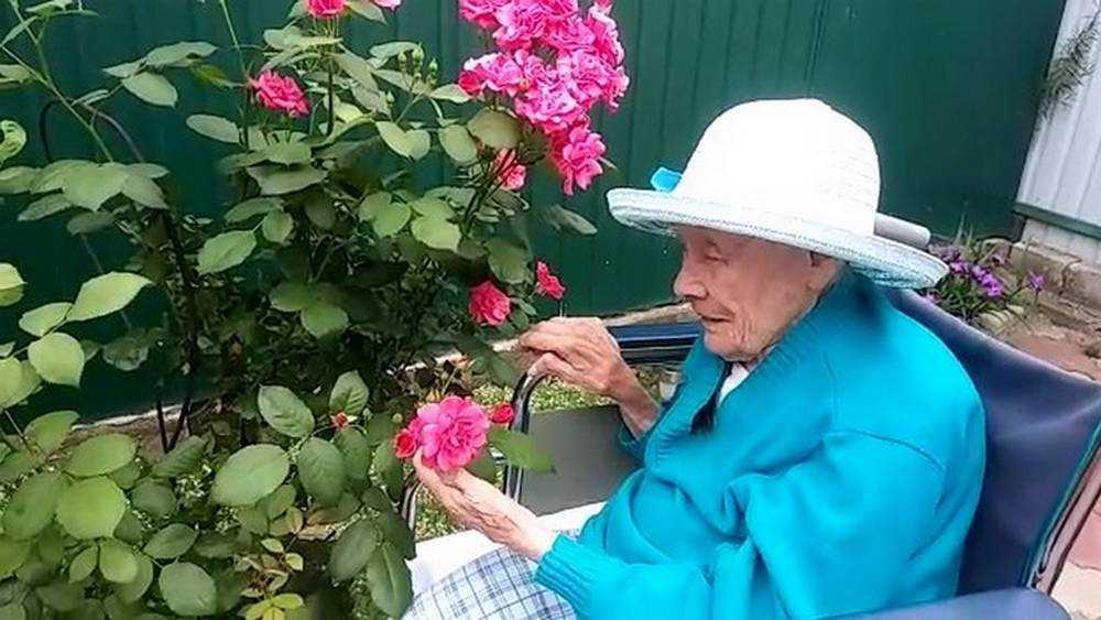 Жительница Брянска приблизилась к своему столетию
