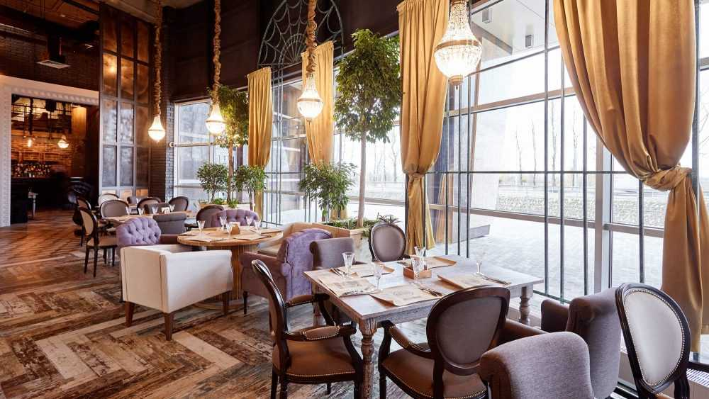 Первый канал поспешил открыть кафе и рестораны в Брянской области
