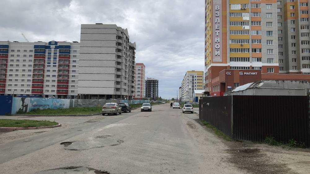 Прокуратура потребовала от мэра Брянска Макарова не строить дом вместо школы