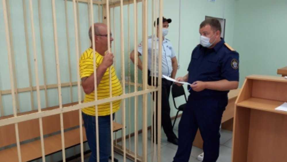 В Брянске пенсионера арестовали за убийство мужчины бруском и лопатой