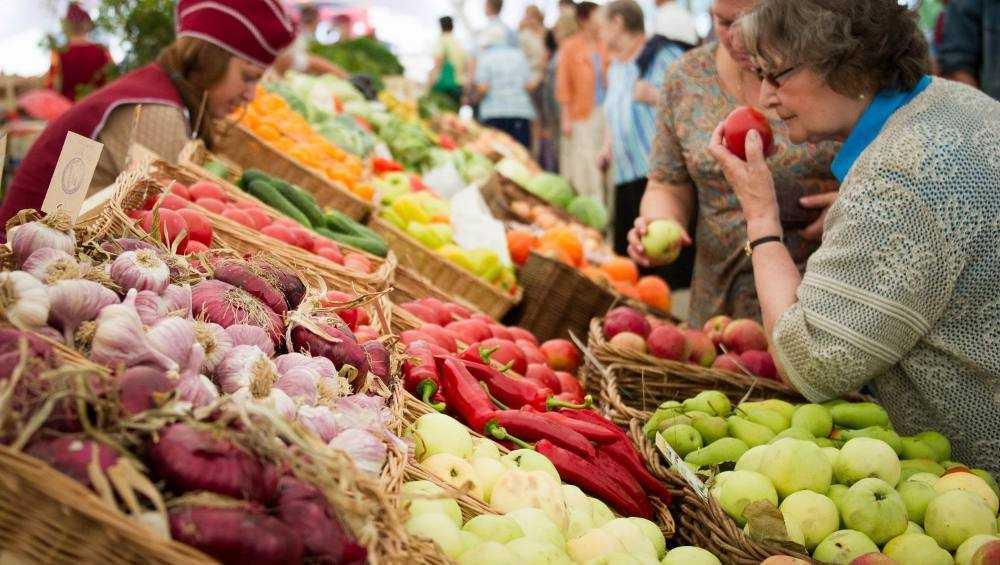 В Брянске 6 июля открылись 22 овощных базара