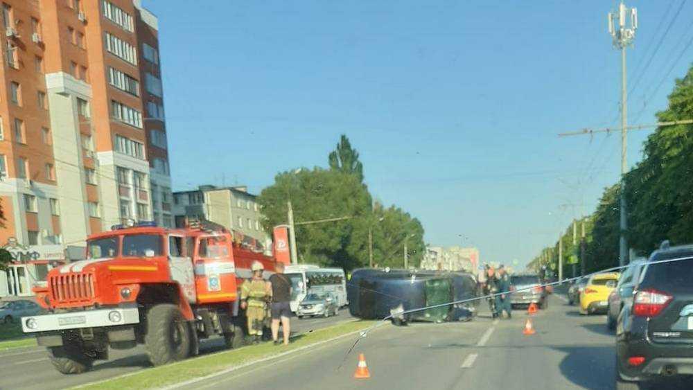 Пострадал человек в массовом ДТП на проспекте Московском в Брянске