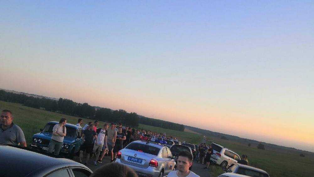 Под Брянском полиция разогнала нелегальных автогонщиков