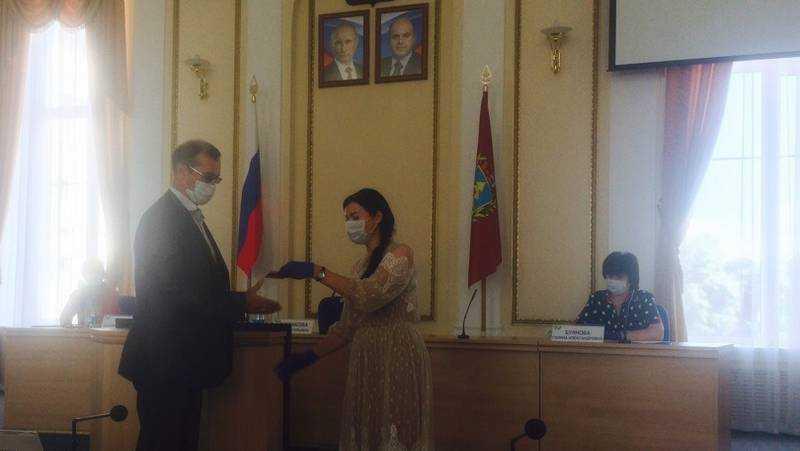 Кандидатами в губернаторы зарегистрировали Корнилова и Чернышова