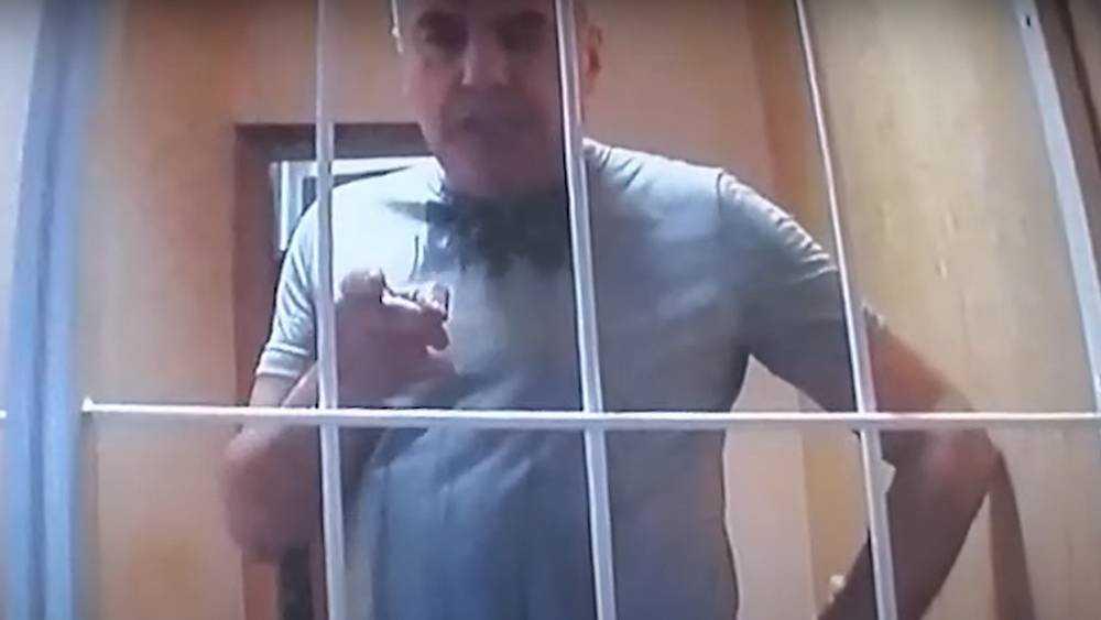 Коломейцев стал угрожать из тюрьмы брянскому прокурору и главе суда