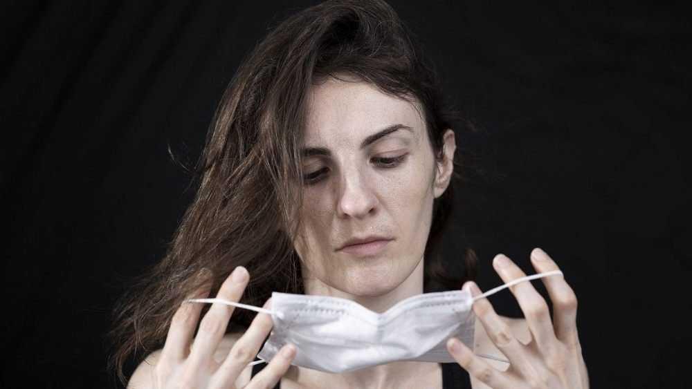 Врач назвал главные ошибки ношения масок