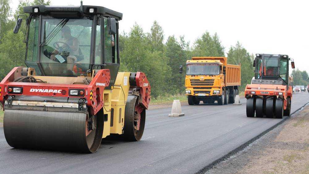 Хуснуллин отметил высокие темпы дорожного строительства на Брянщине