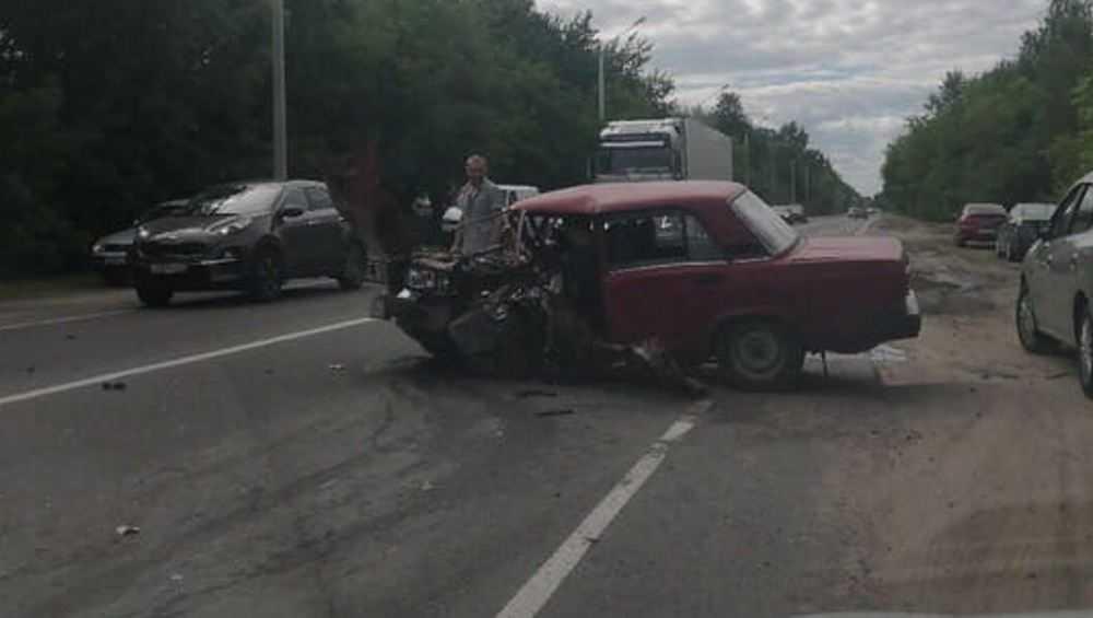 В Брянске произошло серьезное ДТП на улице Речной