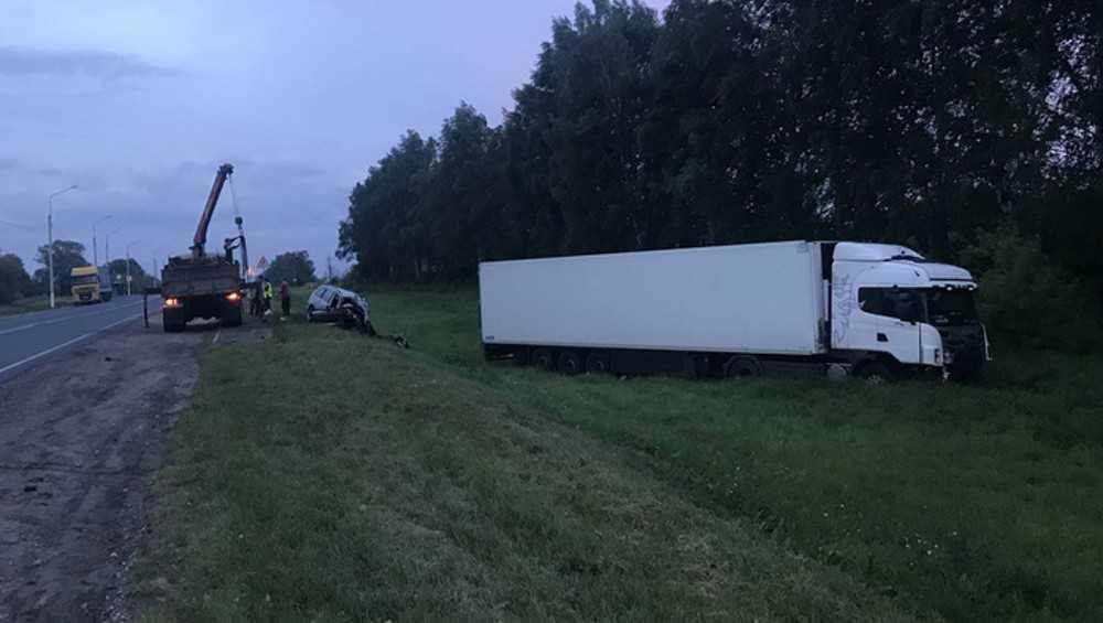 В Карачеве дальнобойщика осудили за трагедию целой семьи
