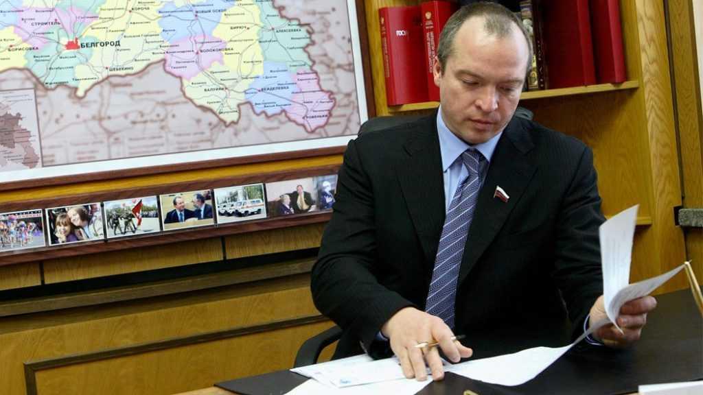 Основатель гуманитарного фонда «Поколение» – российский политик Андрей Скоч