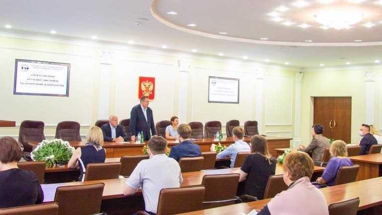 В Брянском госуниверситете вручили дипломы выпускникам аспирантуры