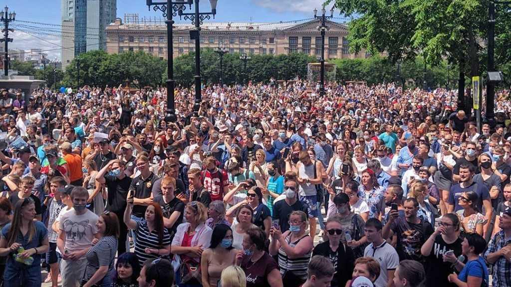 Штрафы за неповиновение на митингах хотят увеличить