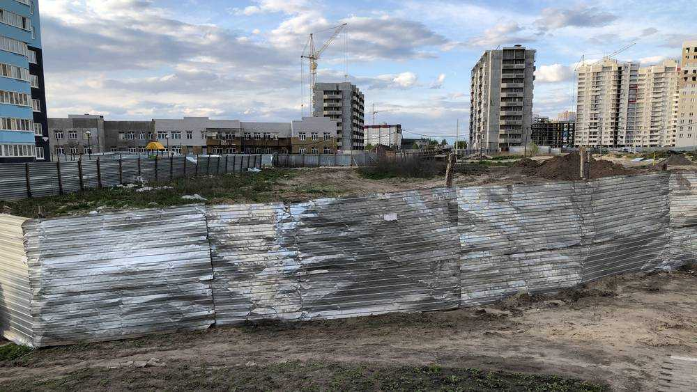 В Брянске чиновники разрешили строить инкогнито