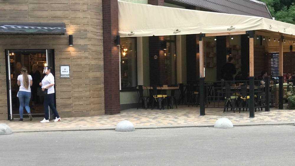 Радости полные бокалы: в открывшиеся брянские кафе ринулись посетители