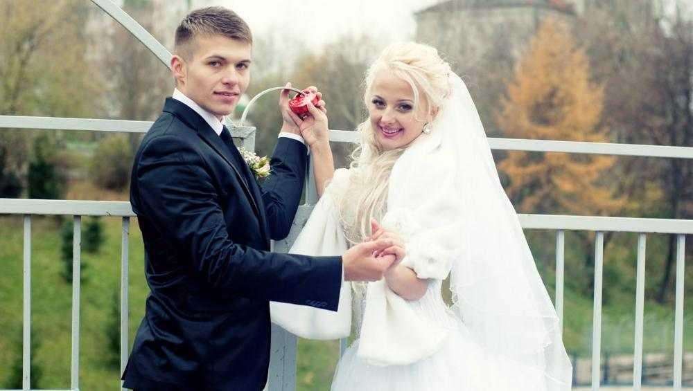 Брянская певица Иванка посвятила супругу новую песню