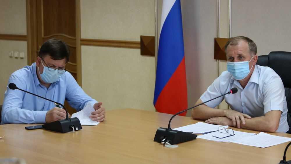 Мэр Брянска Макаров раскритиковал дорожников за медлительность