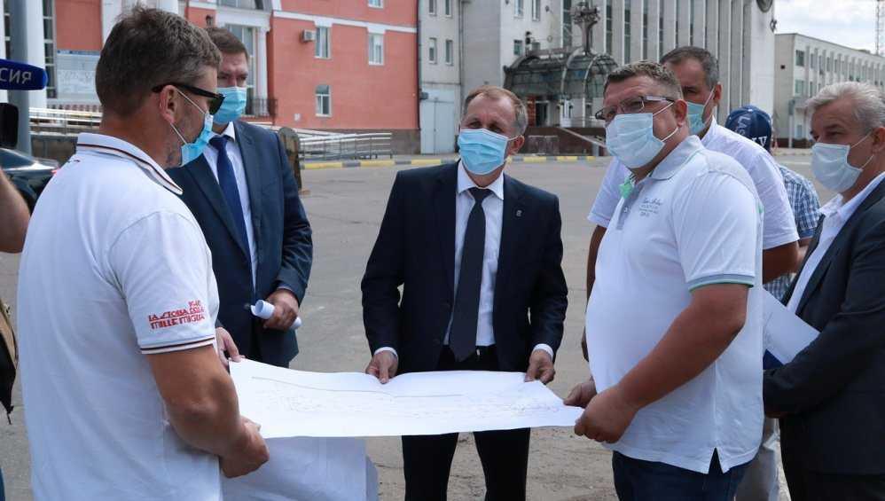 На площади возле вокзала Брянск-I убрали памятник Ленину