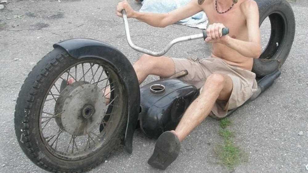 За езду в пьяном виде брянский мотоциклист отработает 180 часов