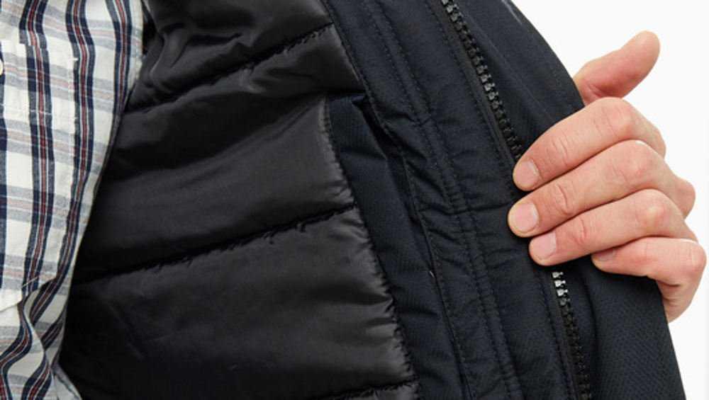 В Навле торговца уличили в продаже одежды без маркировки