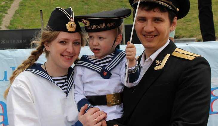 Брянским семьям с детьми выплатят 592 миллиона рублей