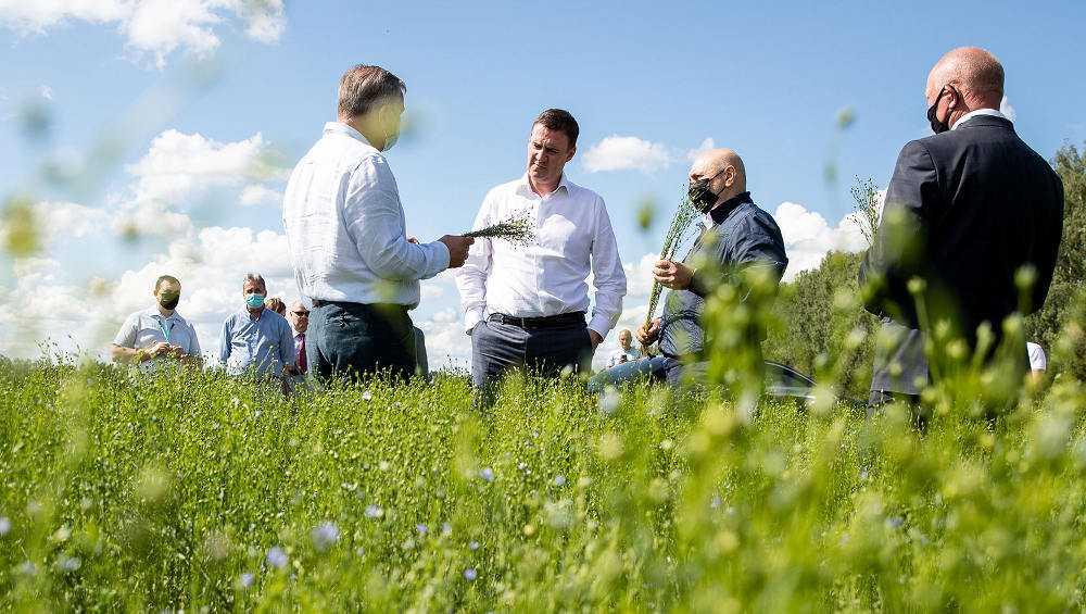 Министр сельского хозяйства Дмитрий Патрушев оценил брянский лен