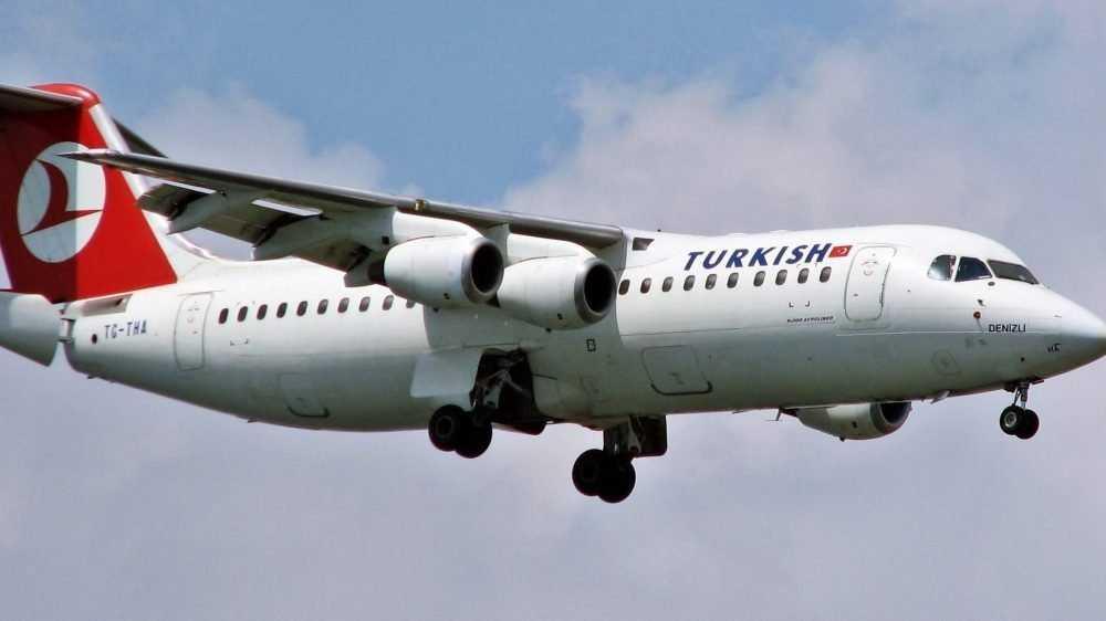 «Лондон для элиты, Турция для народа»: Россия возобновляет международное авиасообщение