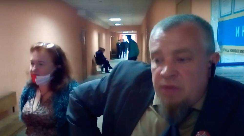 В Брянске страдающий Малюта добровольно отправился в суд