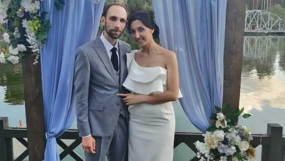 Сотрудники телеканала «Брянская губерния» сыграли свадьбу