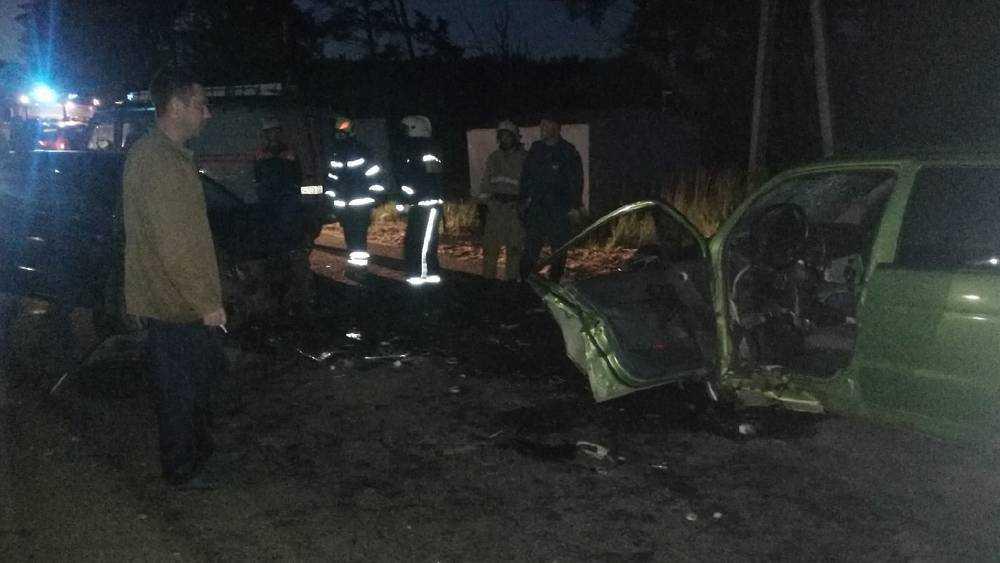 Несколько человек ранены в лобовом столкновении автомобилей в Сельцо