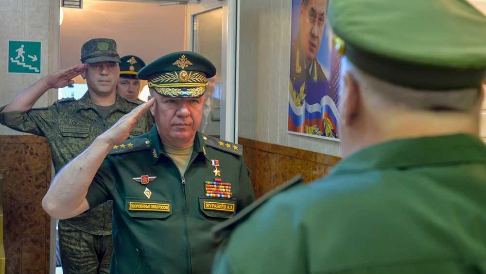 Командующий ЗВО проинспектировал военных в Брянской области